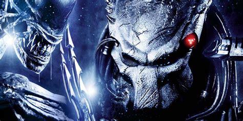 vs predator the predator makes vs predator canon again screenrant