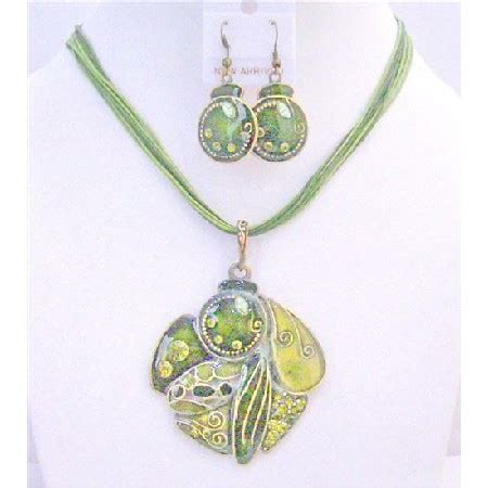 gift jewelery high quality olivine necklace set