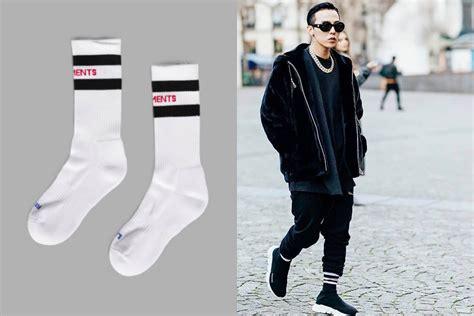 Harga Sepatu Yang Dipakai Bts kaos kaki mahal yang dipakai oleh idol idol kpop inikpop