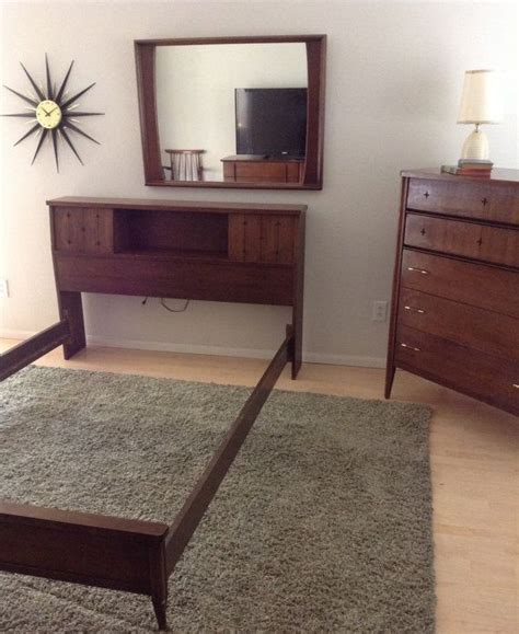 vintage mid century broyhill saga bedroom set bed