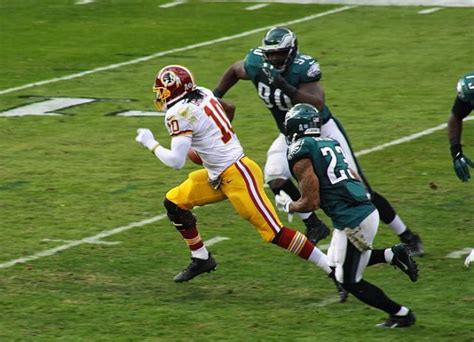 rg3 bench press john madden mike shanahan s decision to bench redskins qb robert griffin iii for rest