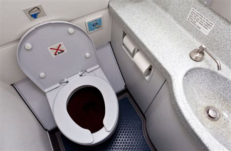 Airplane Bathroom by Airplane Bathroom 28 Images Travel Tip Of The Day Wear
