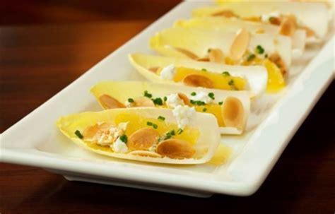 cocina con jose andres endibias con naranja queso de cabra y almendras receta