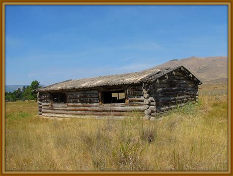 Sod Roof Cabin by Trappers Log Cabin With A Sod Roof