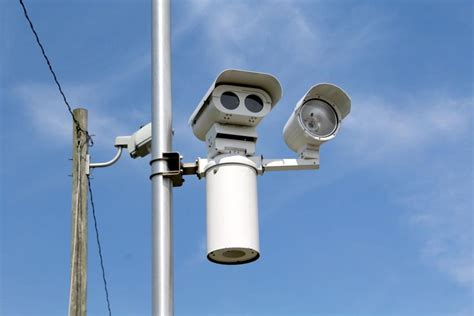 red light cameras in my area new red light cameras installed in newark area news