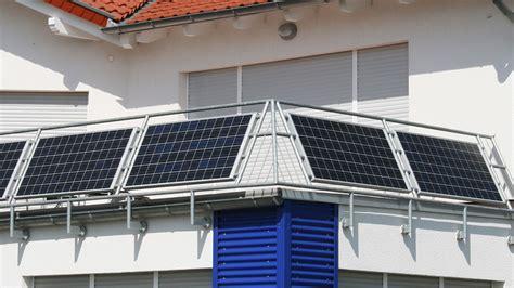 solaranlage balkon erlaubt mini solarmodule jetzt erlaubt aber was bringen sie in