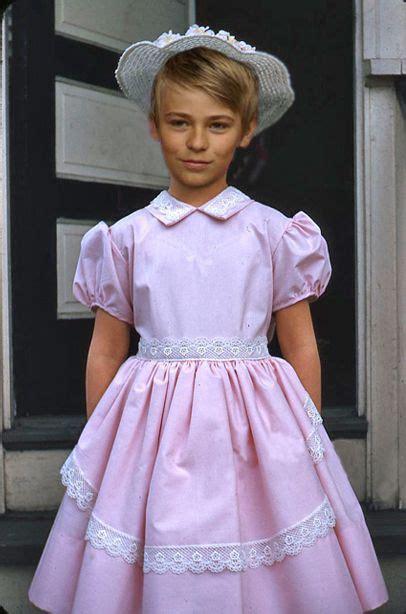 the gallery for gt feminine boys dresses feminine boys dress www pixshark com images galleries
