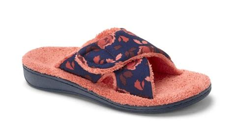 Bedroom Slippers With Arch Support by 43 Best Images About New Arrivals Fall 14 On