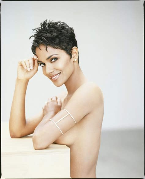 what face shape is haley barry halle berry photo memories halle berry by firooz zahedi