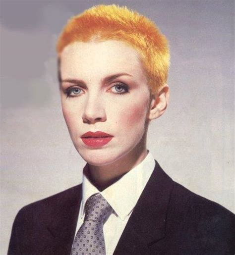 female rock singers with short hair annie lennox annie lennox photo 30368049 fanpop