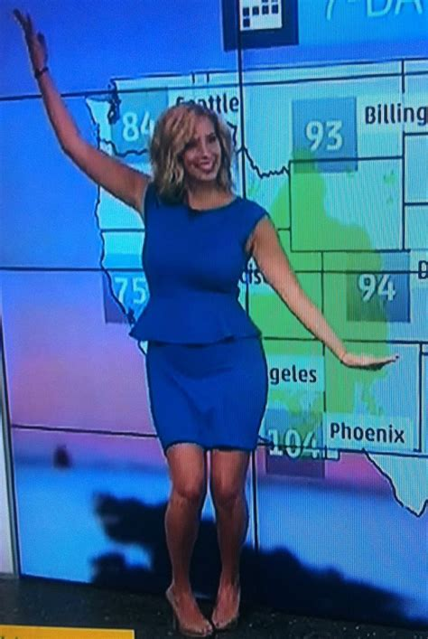 stephanie abrams is white hot weatherbabes pin by eat creie on weather channel love pinterest