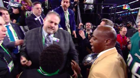 Denied For Superbowl Promo by Kevin Hart Denied From Eagles Bowl Podium Drops F