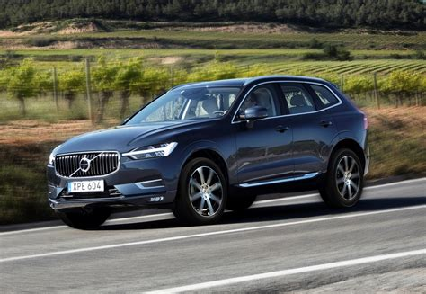 what is volvo volvo xc60 suv features parkers