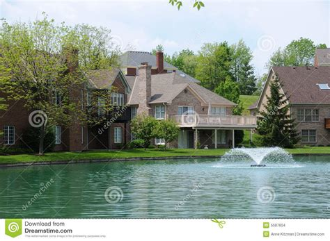 lakefront homes stock images image 5587604