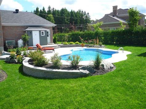 backyard pool fence ideas 25 best ideas about in ground pools on
