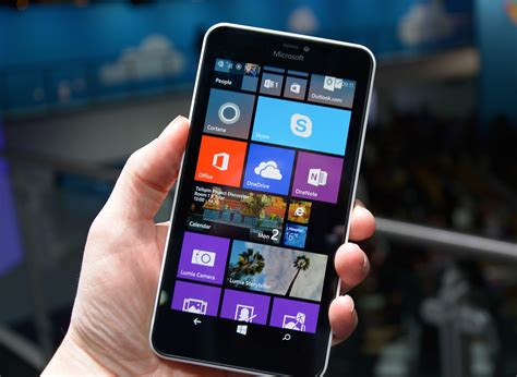 microsoft launches the lumia 640 and 640 xl in india microsoft launches lumia 640 and lumia 640 xl at mwc
