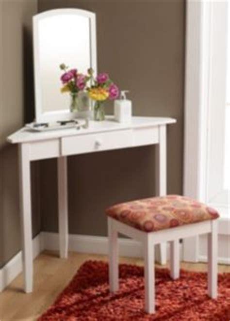 1000 ideas about corner vanity on corner