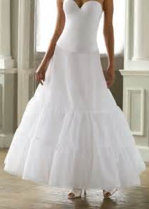 petticoats for wedding dresses which petticoat for my dress weddingbee