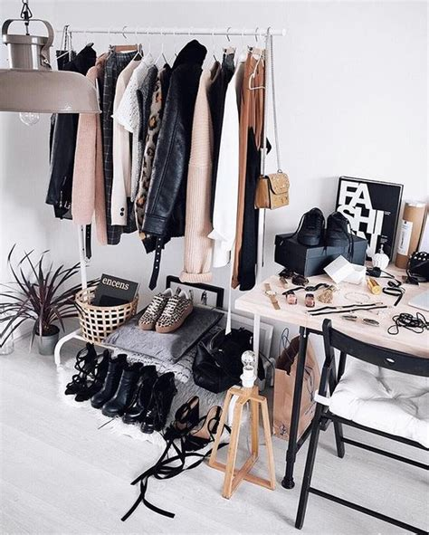 Instagram Shop Closet by 6 Dreamy Ways To Personalize Your Clothes Rack Daily Decor