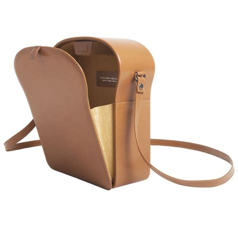 Toast Messenger Makes Its by Toast Shoulder Bag Bags The And Hurry