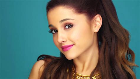 ariana grande music biography ariana grande biography childhood facts family life of