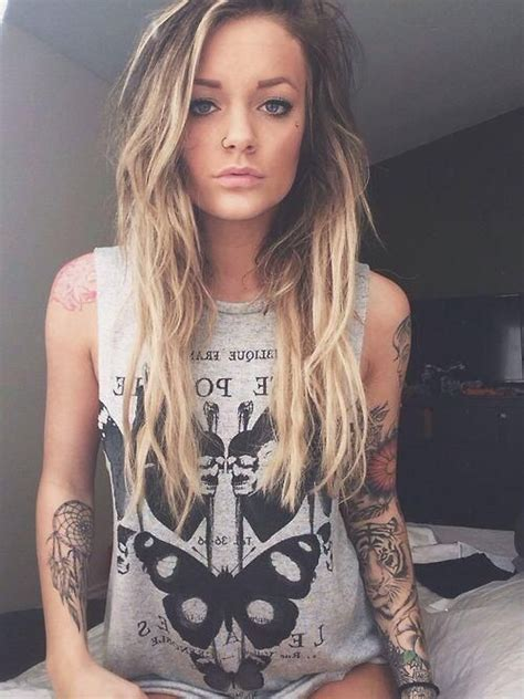 tattooed blonde muscle tank grey ink pretty streaked
