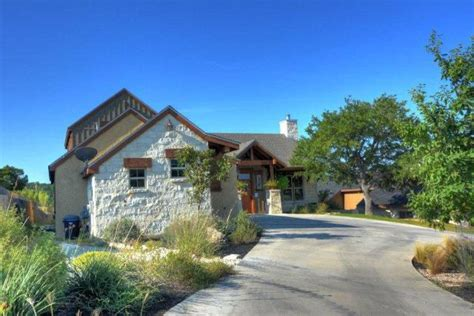 Kerrville Tx Records 211 Castle Pines Dr Kerrville Tx 78028 4 Beds 4 Baths Home Details Realtor 174