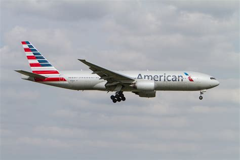 suspicious wi fi network forces plane to return to lax american airlines free wifi 100 wifi on american airlines