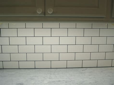 Subway Style Tile subway style tiles to freshen up a kitchen 171 detail tiling