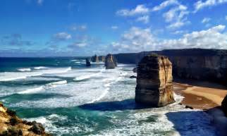 Great ocean road do you want to visit it tourism places