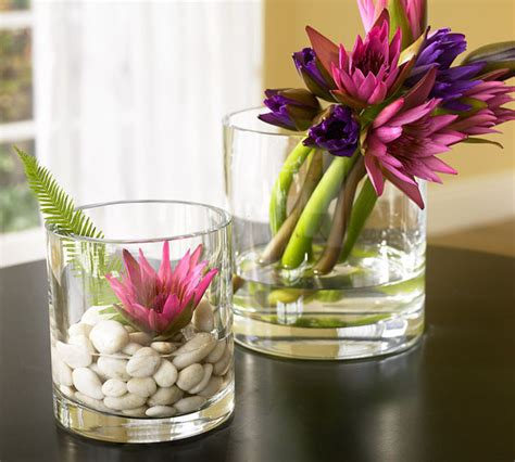 Decorating A Glass Vase by 10 Decorating Ideas For Glass Vases Room Decorating