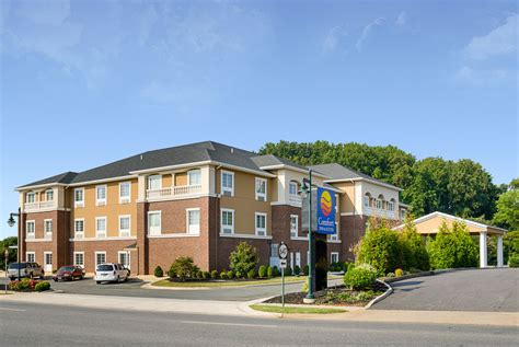 comfort inn charlottesville comfort inn suites orange montpelier in