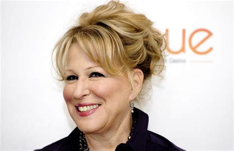 bette midler hairstyles bette midler s most memorable hairstyles photos
