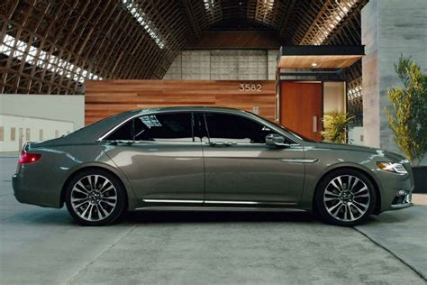 lincoln on a 2017 lincoln continental lincoln motor company luxury