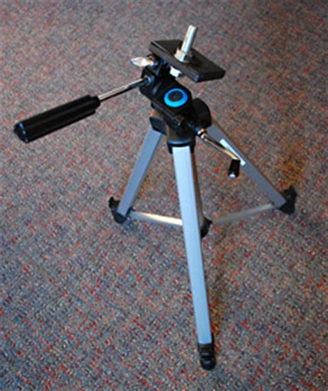 diy make a free light stand out of an old tripod | life