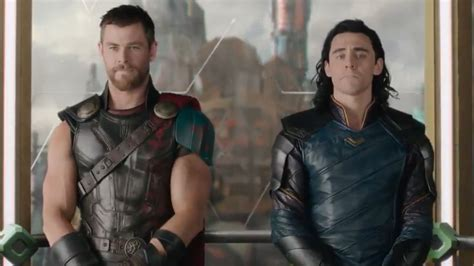 thor ragnarok film loki thor and loki play a practical joke in thor ragnarok