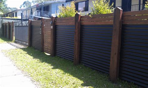 Backyard Metal Fence by Backyard Fencing Ideas Rustic Refined