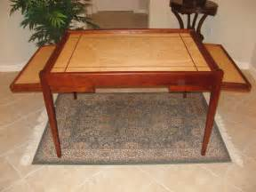 jigsaw puzzle table with additional legroom