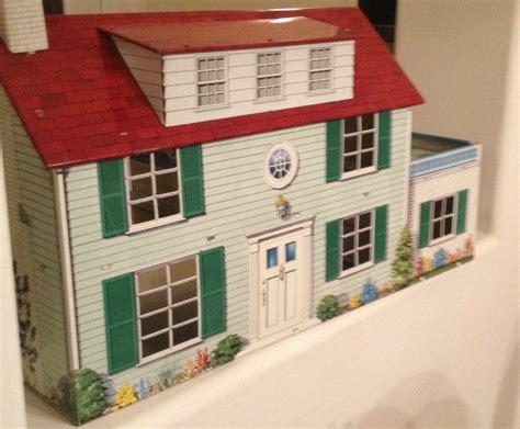 tin doll houses vintage marx 1950 s tin dollhouse