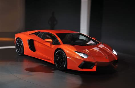 Car Types Lamborghini by All Types Of Autos Sports Cars 2012