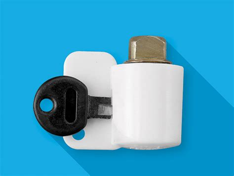 how do boat drain plugs work the plugkeyper is a boat drain plug reminder device