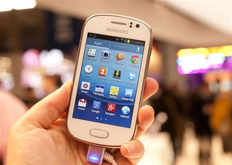 Tongsis Samsung Galaxy Fame white samsung galaxy fame lost between madeley and dawley telford lostbox