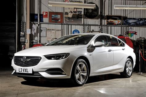 Vauxhall Insignia Grand Sport 2017 Photos Parkers