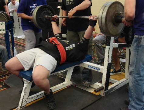bench press record 500 kg benches
