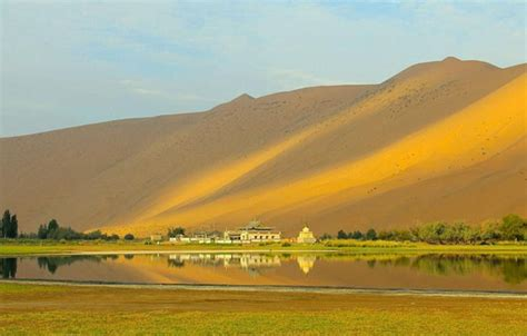 largest beach in the world photos of largest sand dunes in the world funchoice org