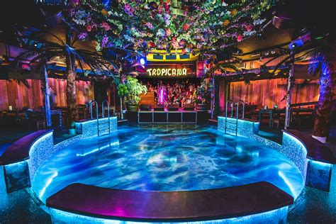 themed party nights for pubs vertigo 42 bars and pubs in moorgate london