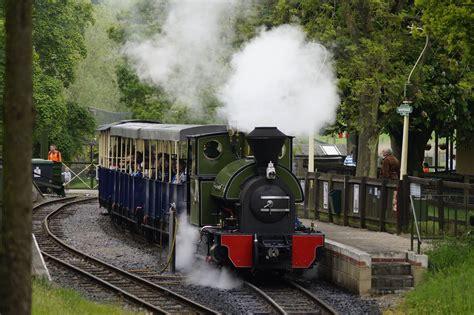 Kereta With Smoke gambar jalur kereta api vintage rel melatih merokok turis baja angkutan mengangkut