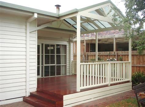 verandahs custom    homes