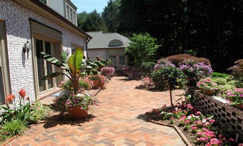 small backyard paver ideas brick paver porch paver patio small backyard ideas brick