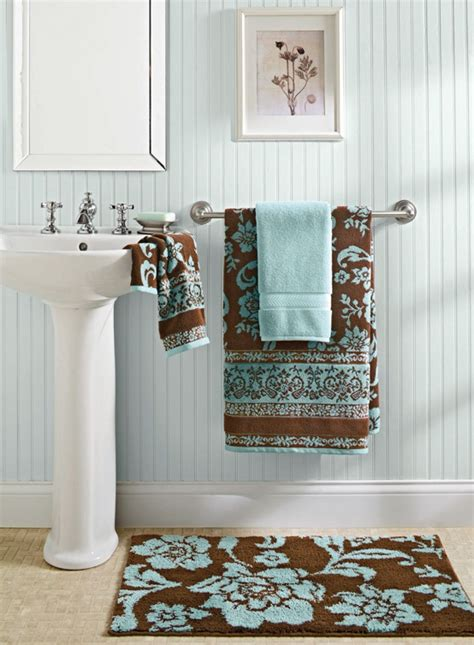 better homes and gardens bathroom ideas 17 best ideas about brown bathroom decor on